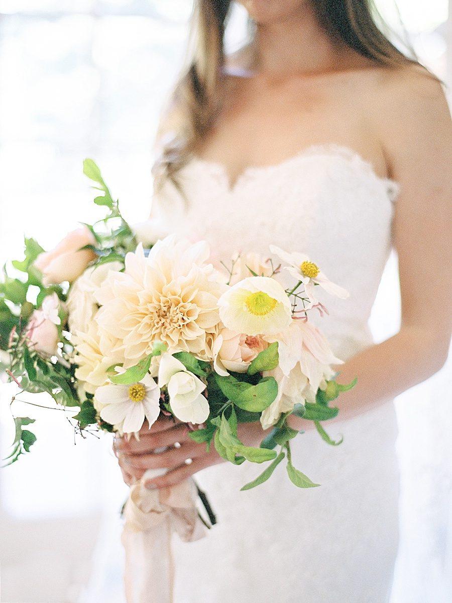Wedding Flowers By Season 82 Cool