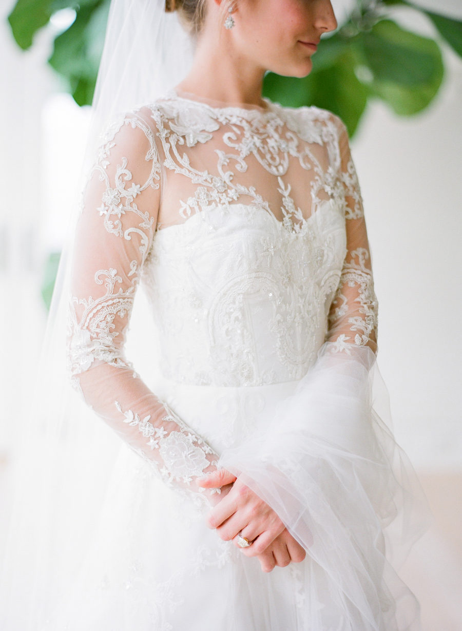 Wedding Dresses Chicago Suburbs