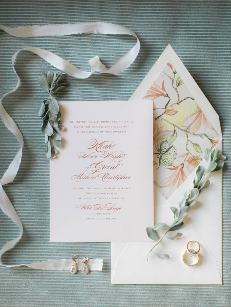 Elegant Austin Wedding at Villa del Lago