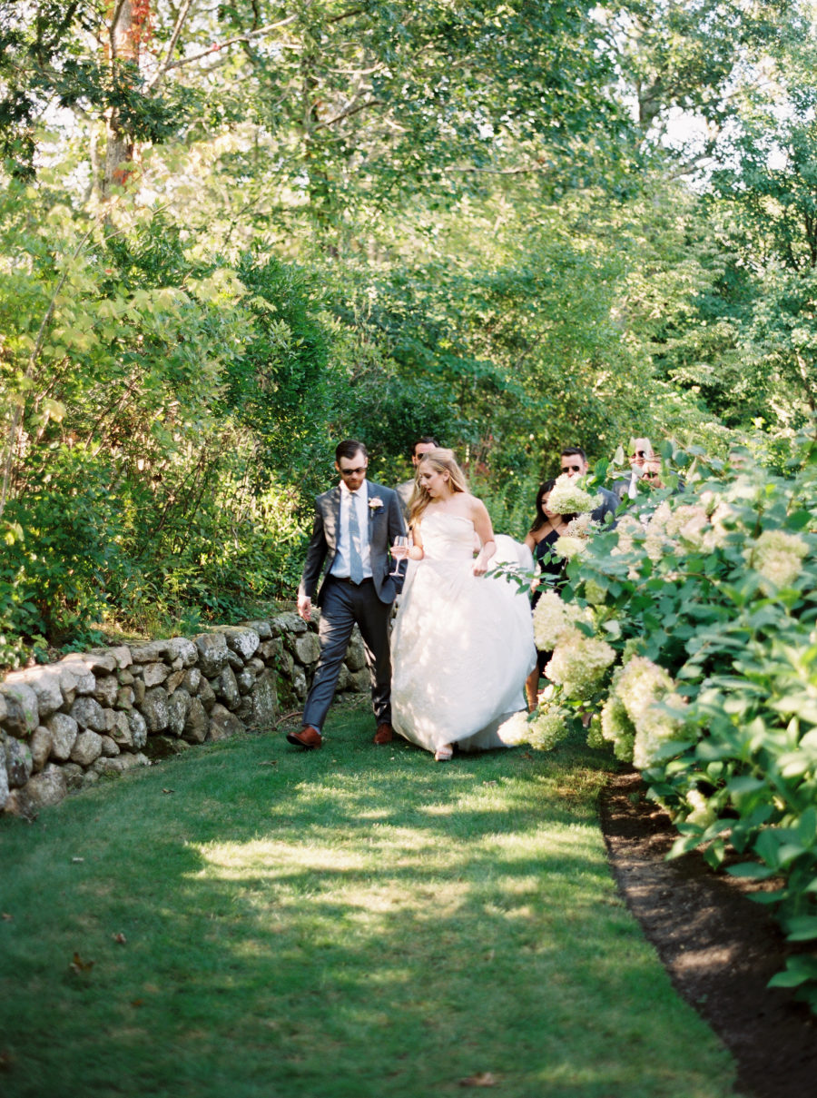 classic summer wedding on martha u0027s vineyard