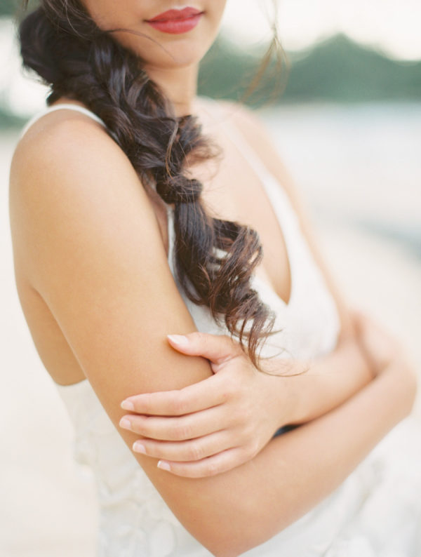 Romantic Sunset Bridal Portraits in Hawaii