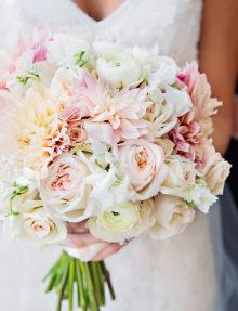 Фото стилей свадебных букетов.