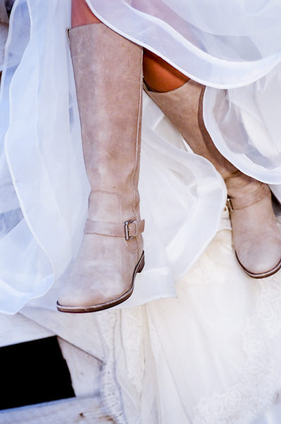 059 9680034$!x600 Fashion Friday: Brides in Boots