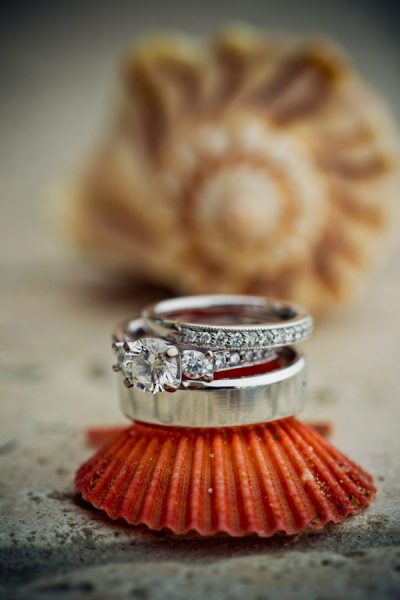 cintani frantz 130$!x600 Wedding Inspiration: Wedding Ring Photography