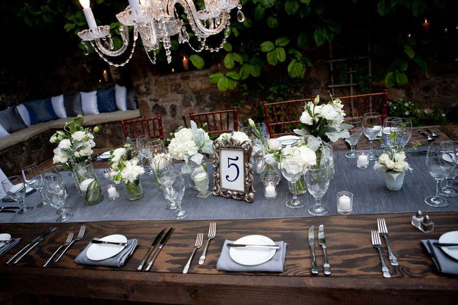 maui wedding table setting