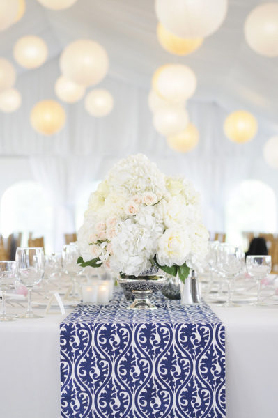 blue table runner wedding