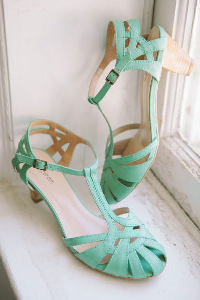 wedding colours mint green