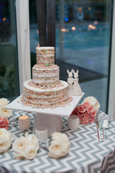cake table gray chevron